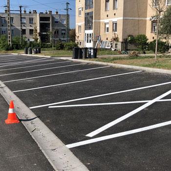 parkoló festése