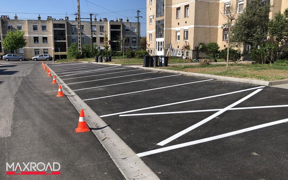 Rétság parkolók festése